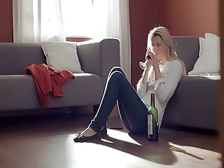 Babe Blonde Drunk  Solo Young