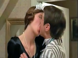 Amazing Brunette Kissing Maid Danish Kissing Pussy