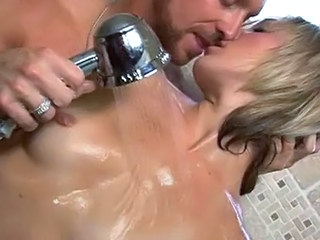 Kissing Showers Small Tits Shower Tits Kissing Pussy Kissing Tits Small Cock