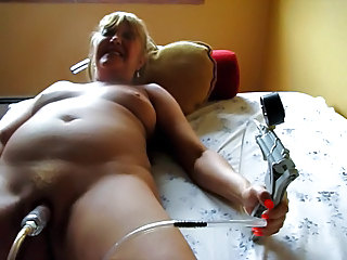 Fetish Squirt Pump