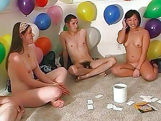 Amateur Funny Game Party Amateur