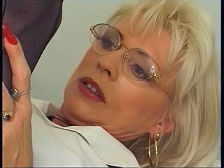 Blonde Glasses Mature Mature Ass Blonde Mature Glasses Mature
