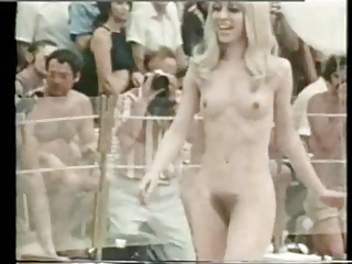 Erotic Hairy Nudist Public Skinny Small Tits Vintage