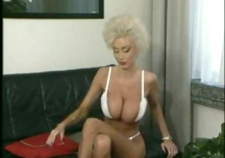 Amazing Big Tits  Vintage Wife