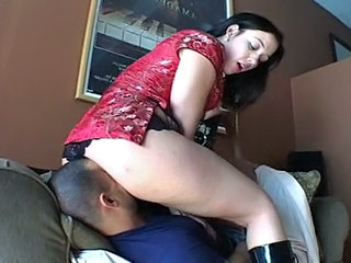 Facesitting Homemade Mom Smothering Mother