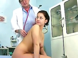 Doctor Old and Young Uniform Cute Amateur Cute Brunette Gyno Perverted Amateur