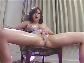 Japanese Oiled Squirt Japanese Masturbating