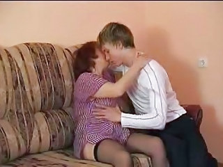 Amateur Mature Mom Old and Young Amateur Mature Old And Young Amateur