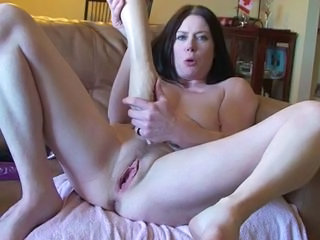 Amateur Fisting Masturbating Pussy Solo Toy Son Fisting Mature