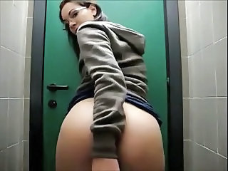 Amateur Glasses Masturbating Teen Toilet