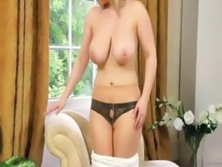 Big Tits Natural Pantyhose  Stripper
