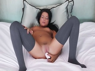 Cute Dildo Latina Masturbating Teen