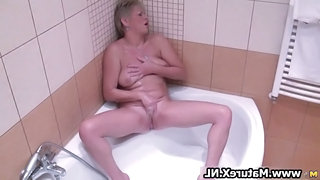 Bathroom Masturbating Mature Showers