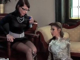 Amateur Clothed European Fetish Glasses Lesbian