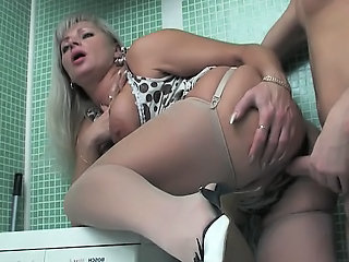Bathroom Chubby Doggystyle Mature Mom Old and Young Russian Stockings