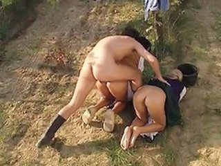 Anal Doggystyle Farm  Outdoor Threesome Vintage Outdoor