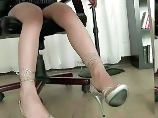 Feet  Office Secretary