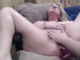 Chubby European Mature Orgasm
