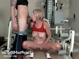 Blowjob Mature Old and Young  Sport