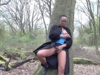 Amateur Ebony Glasses Masturbating  Outdoor Public Abuse Upskirt