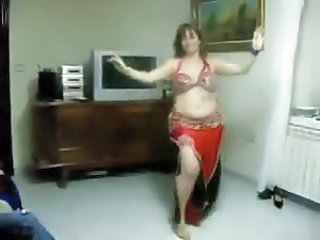 Amateur Arab Chubby Dancing Homemade Arab