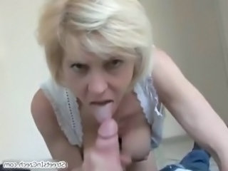 Amateur Blowjob Mature Mom  Crazy Housewife