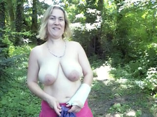 Amateur Big Tits Chubby European French  Natural Outdoor  French Amateur