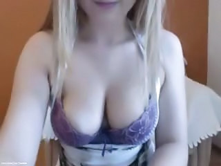 Masturbating Natural Webcam Fingering