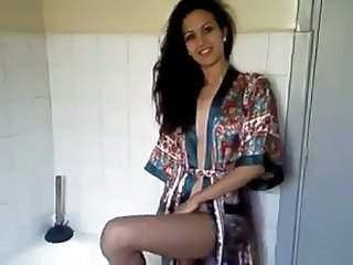 Amateur Amazing Arab Girlfriend Homemade Toilet Arab