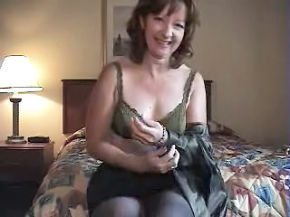 Amateur Mature Mom Solo Stripper