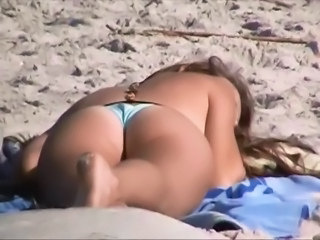 Beach Outdoor Voyeur Spy Caught