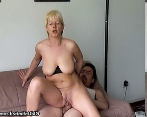 Amateur Blonde Mature Mom Riding  Amateur