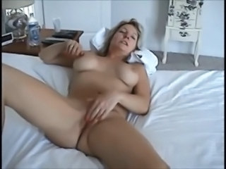 Amateur Homemade Masturbating Mature Orgasm Wife