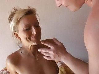 Amateur Cuckold Homemade Mature Swallow Wife Housewife