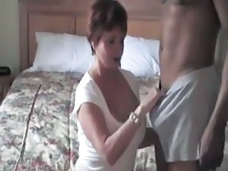Amateur Cuckold Homemade Interracial Mature Wife