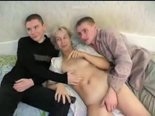 Amateur Family Homemade Mature Mom Old and Young Russian Threesome