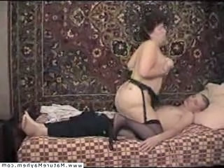 Amateur  Homemade Mature Mom Old and Young Russian Surprise