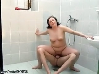 Chubby Mature Riding Showers