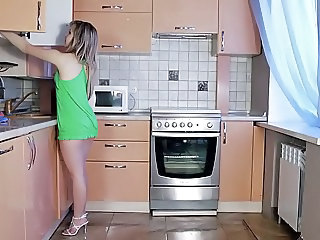 Babe Kitchen Solo