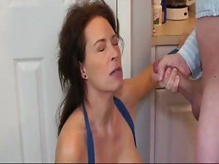 Amateur Cumshot Facial Mature Mom Boobs