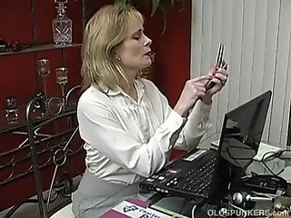 Mature Mom Office Grandma Dirty Mother Housewife
