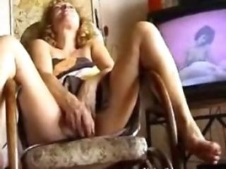 Amateur Homemade Masturbating Mature Orgasm Toy Amateur