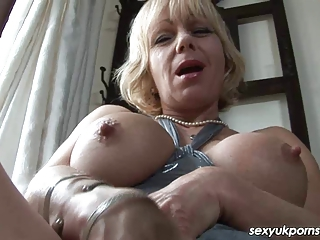 Big Tits British European Masturbating Mature Natural Nipples
