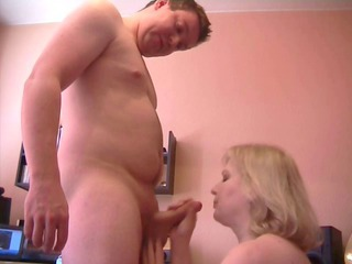 Amateur Blowjob Mature Mom Old and Young Stepmom Caught