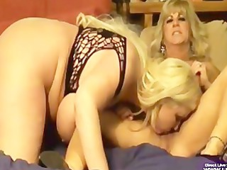 Amateur Chubby Lesbian Licking Mature