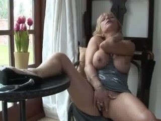 Big Tits British European Masturbating Mature Natural Solo Wife Celebrity