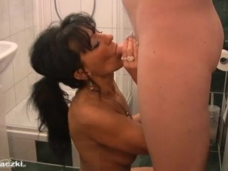 Blowjob Brunette European Mature Showers Polish Amateur