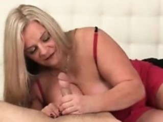 Chubby Handjob Mature Mom Old and Young