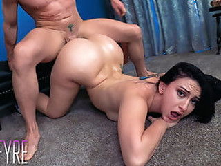 Videos from zzbabes.com
