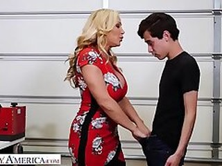 Videos from pornhail.com